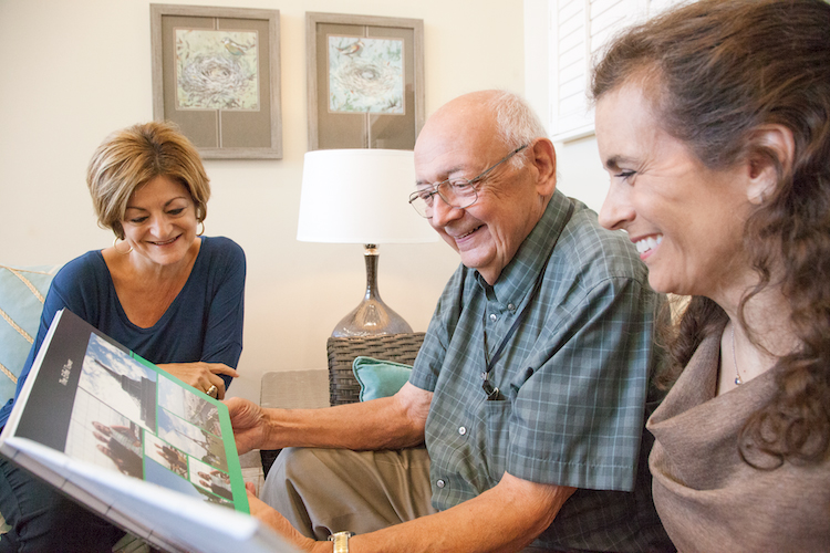 What Are the Differences Between Memory Care and Assisted Living?